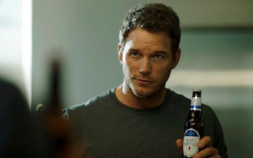 "(Anheuser-Busch via AP). This image released by Anheuser-Busch shows actor Chris Pratt in a scene from a Michelob Ultra commercial. Pratt, the star of the ""Jurassic World"" and ""Guardians of the Galaxy"" film franchises, will make his advertising debut o..."