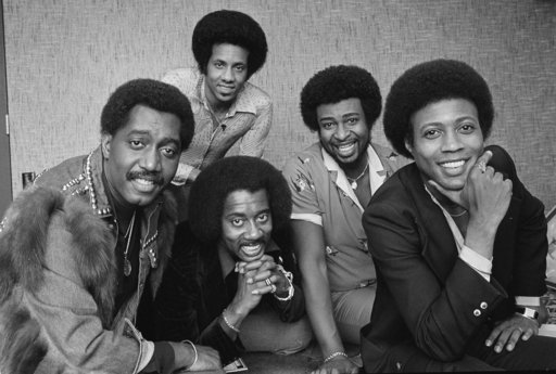 (AP Photo/Lennox McLendon_File). FILE- In an undated file photo, The Temptations singing group is pictured. From left are; Otis Williams, Melvin Franklin and Glenn Beonard. Back row from left, Richard Street and Dennis Edwards. Edwards, a former member...