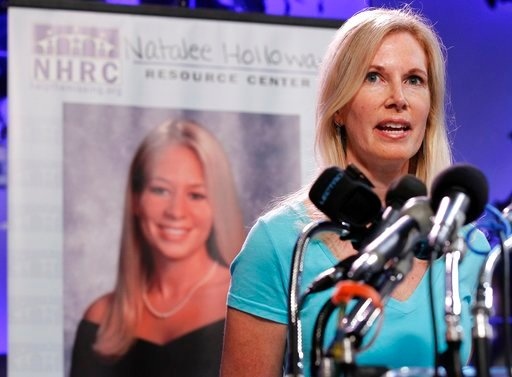 (AP Photo/Pablo Martinez Monsivais, File). FILE - In this June 8, 2010, file photo, Beth Holloway, mother of Natalee Holloway, speaks during the opening of the Natalee Holloway Resource Center (NHRC) at the National Museum of Crime & Punishment in ...