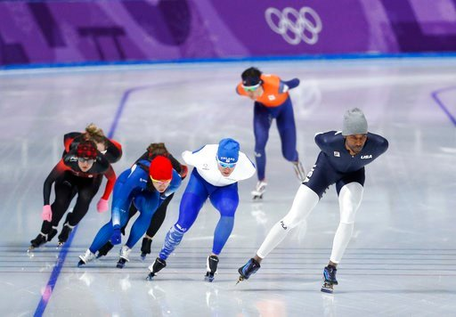 (AP Photo/John Locher). Shani Davis of the United States, far right, trains during a speed skating training session prior to the 2018 Winter Olympics in Gangneung, South Korea, Friday, Feb. 9, 2018.