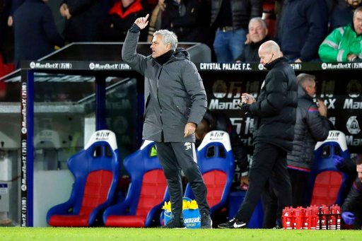 (AP Photo/Tim Ireland). Manchester United manager Jose Mourinho, left, shouts instructions across the pitch after Crystal Palace's Patrick van Aanholt scored a goal during the English Premier League soccer match between Crystal Palace and Manchester Un...