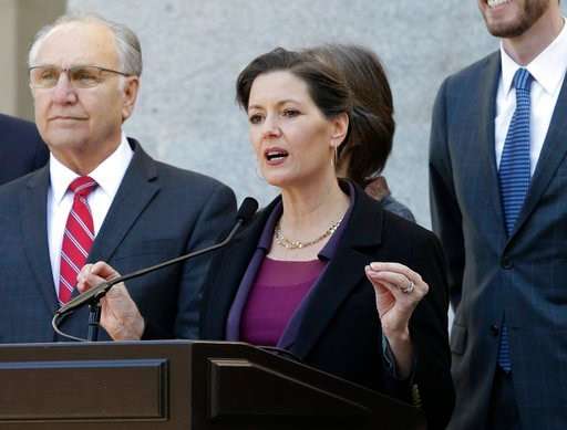 (AP Photo/Rich Pedroncelli,file). In this Wednesday, Feb. 21, 2018, file photo, Oakland Mayor, Libby Schaaf, center, discusses California's growing homeless crisis at a news conference in Sacramento, Calif.