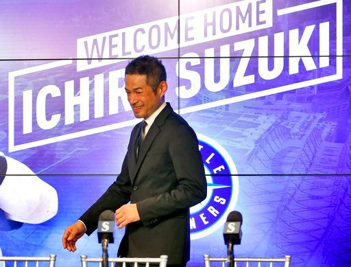 (AP Photo/Matt York). Seattle Mariners' Ichiro Suzuki arrives after signing a contract to a news conference at the teams' spring training baseball complex Wednesday, March 7, 2018, in Peoria, Ariz. Suzuki signed a one year deal in his return to the Mar...