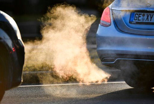 (AP Photo/Martin Meissner,file). FILE - In this Feb. 27, 2018 file photo commuters drive in their cars to work in Gelsenkirchen, Germany. Thousands of people die prematurely each year in Germany from the harmful effects of nitrogen dioxide, a gas that'...
