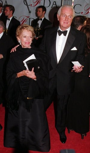 (AP Photo/Paul Hurschmann, File). FILE - In this Feb.12 1996 file photo, Hubert de Givenchy arrives with his wife, Mary, at the Council of Fashion Designers of America 1996 Awards Gala at Lincoln Center in New York. French couturier Hubert de Givenchy,...
