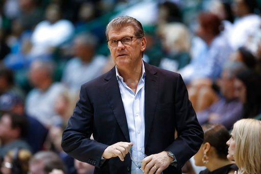 (AP Photo/Scott Threlkeld, File). FILE - In this Feb. 21, 2018, file photo, Connecticut head coach Geno Auriemma watches the action in the second half of an NCAA basketball game against Tulane, in New Orleans. Auriemma says he has no interest in coachi...