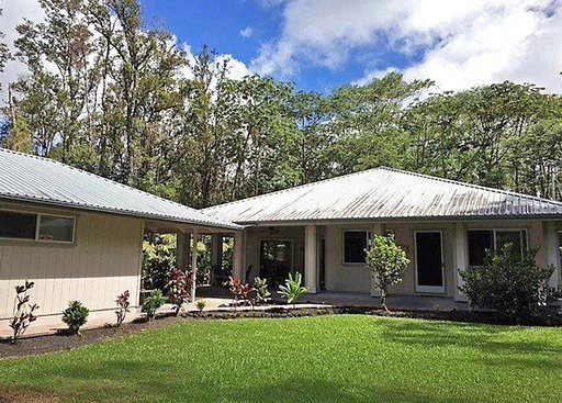 (Heather E. Hedenschau/Big Island Brokers via AP). This October 2017 photo shows the home of Patricia Deter in Leilani Estates near the town of Pahoa on the island of Hawaii. Deter owned her Hawaii home for about a month before lava from a volcano erup...