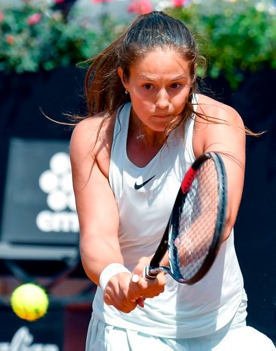 (Ettore Ferrari/ANSA via AP). Daria Kasatkina, of Russia, returns the ball to Elina Svitolina, of Ukraine, at the Italian Open tennis tournament in Rome, Thursday, May 17, 2018.