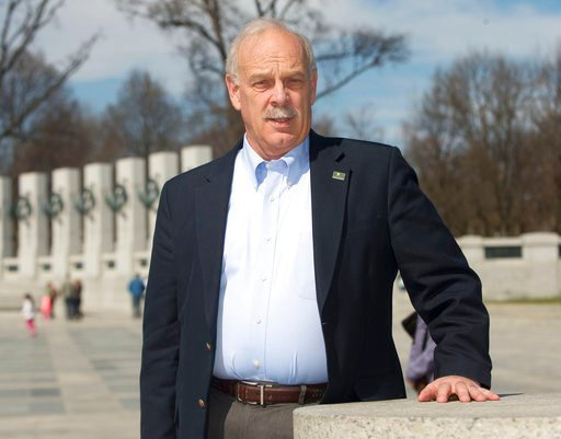 (AP Photo/Pablo Martinez Monsivais,File). FILE - This March 23, 2015 file photo shows Head of the National Park Foundation Dan Wenk, at the World War II Memorial on the National Mall in Washington. Wenk, who has been superintendent of Yellowstone since...