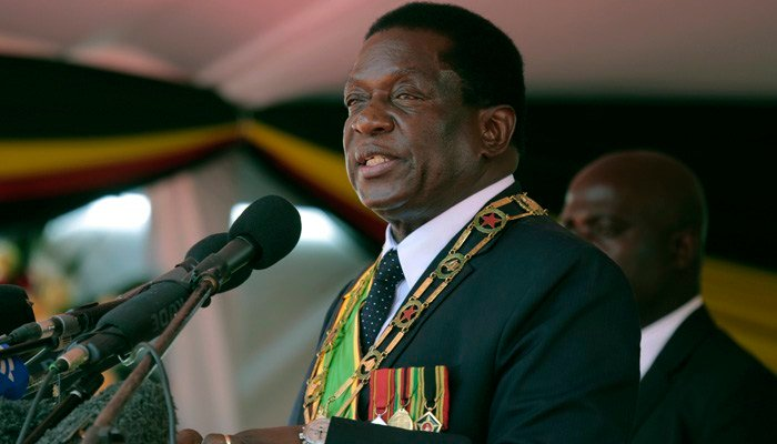 Zimbabwe state media report explosion at president's campaign rally; Mnangagwa not hurt. (Source: AP Photos)