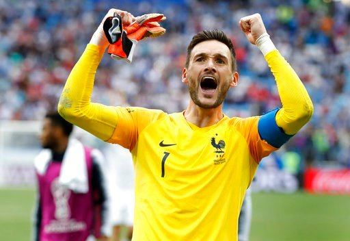 (AP Photo/David Vincent). France goalkeeper Hugo Lloris celebrates after the quarterfinal match between Uruguay and France at the 2018 soccer World Cup in the Nizhny Novgorod Stadium, in Nizhny Novgorod, Russia, Friday, July 6, 2018. France defeated Ur...