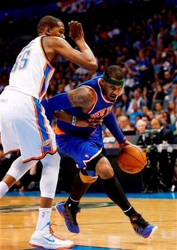 Kevin Durant defending Carmelo Anthony